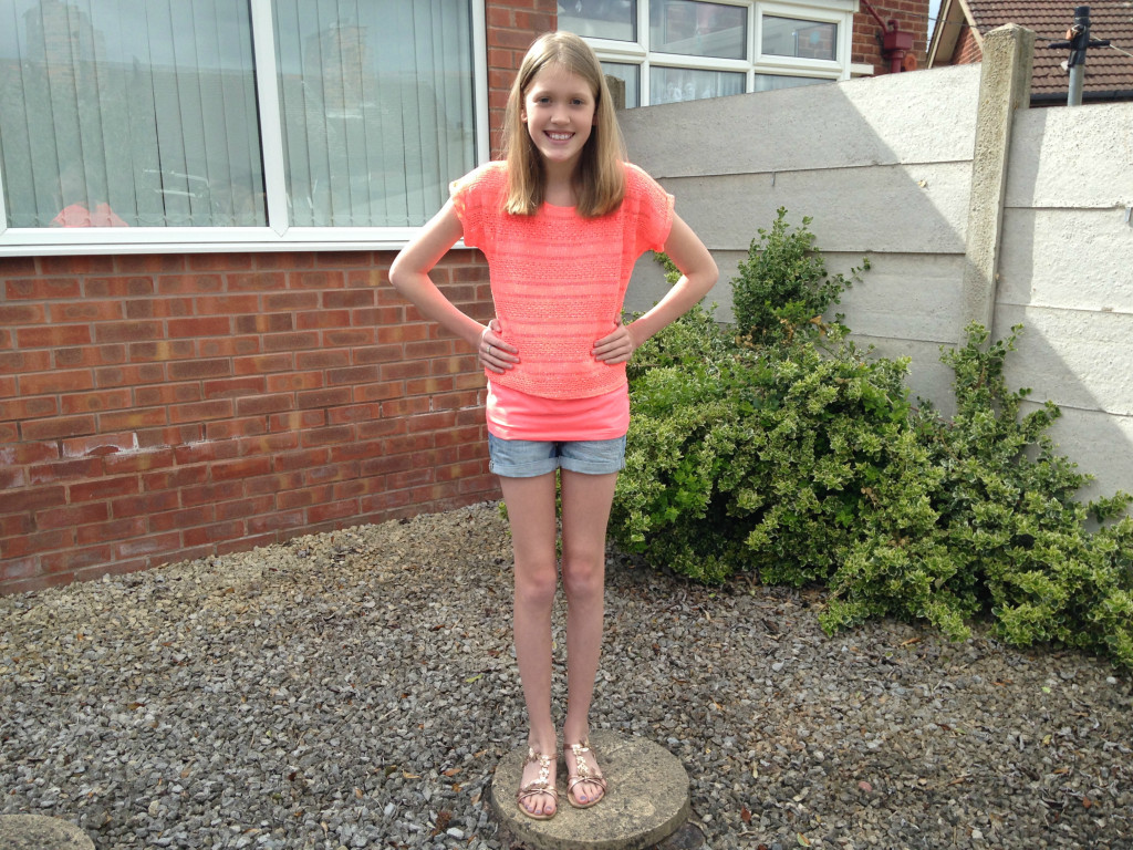 Tween Fashion - Crazy for Coral