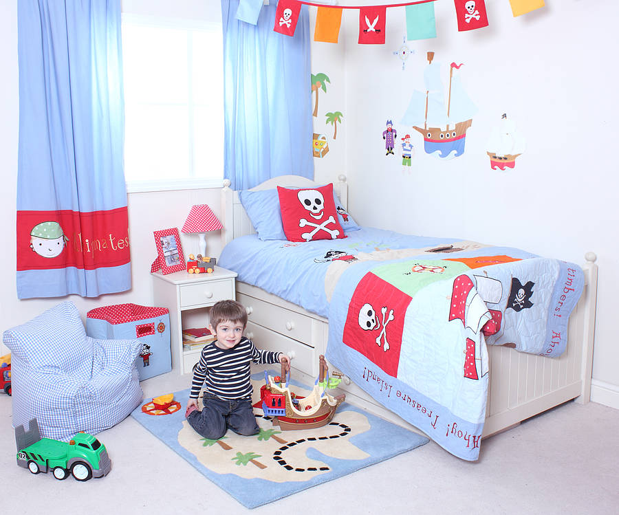 pirate themed bedroom ideas for toddlers with love from lou decorating theme bedrooms maries manor pirate bedrooms