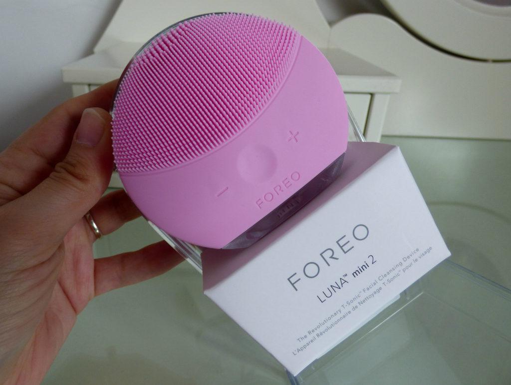 Foreo LUNA Mini 2 in Packaging