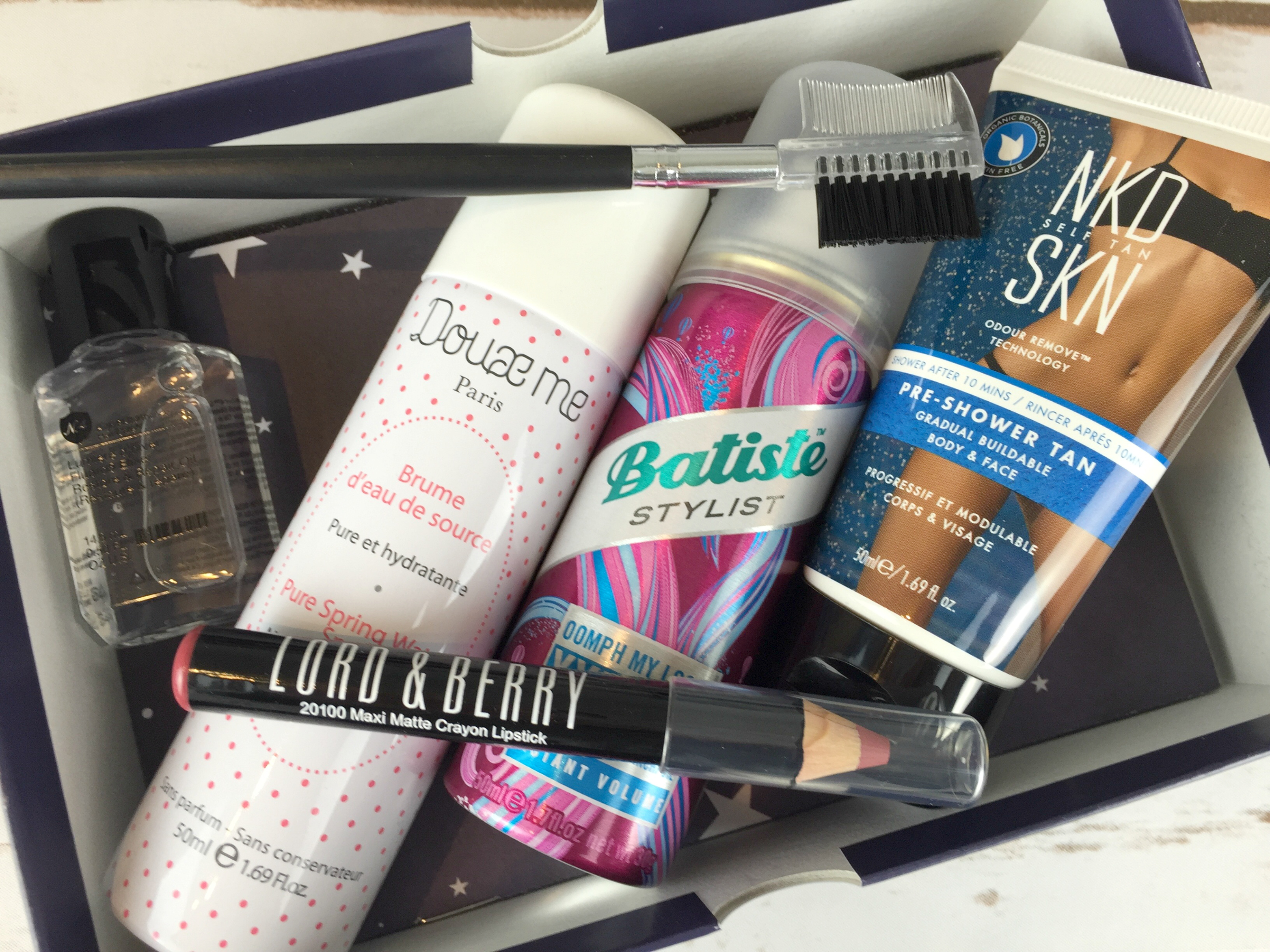 Products in the October 2016 Birchbox