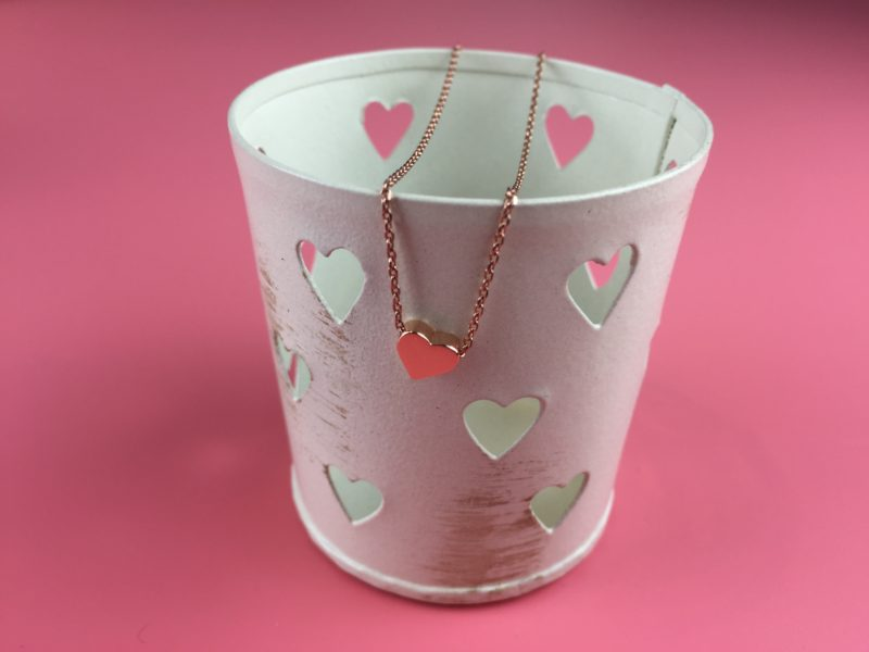 Thread Through Heart Necklace in Rose Gold