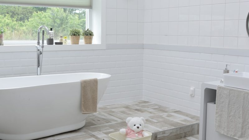 Dealing With Big Living Spaces: Bathrooms